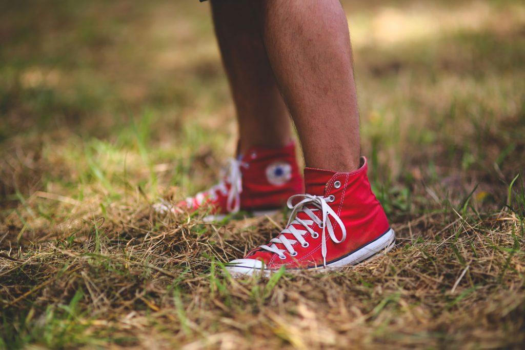 How do you get a toenail fungus infection?
